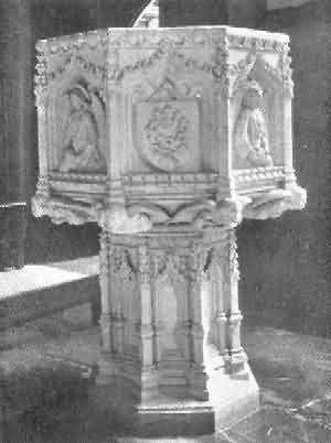 Plymouth, St. Andrew: Font